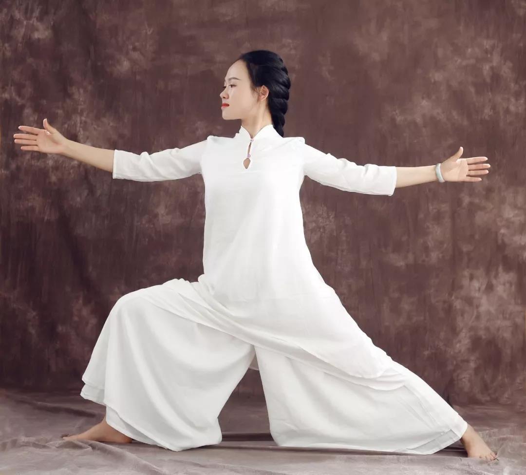 梵羽瑜伽陈燕红老师